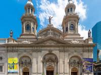 Strawberry Tours - Free Walking Tours Santiago (3) - City Tours