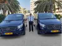 Acropolis Vassos Taxi Cyprus (2) - Taxi Companies