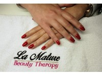La Mature (4) - Beauty Treatments