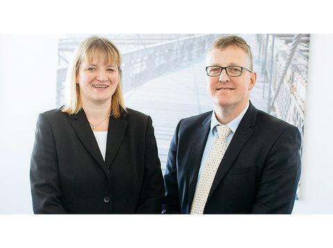 Linhart & Kuch Steuerberater PartG mbB - Finanzberater