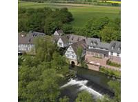 Romantik Hotel Neumühle - Hotels & Hostels