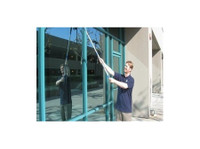 Mountain Top Window Cleaning (1) - Cleaners & Cleaning services
