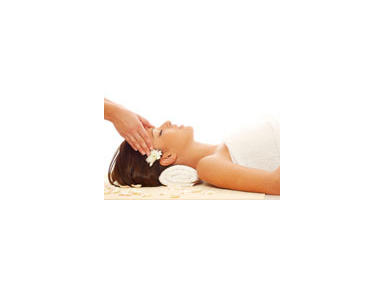 Natural Yoga Centre, Yoga Retreats & Body Treatments - Spas