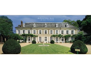 Le Manoir Les Les Minimes - Hotels & Hostels