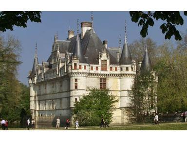 Le Chateau de Reignac - Hotels & Hostels