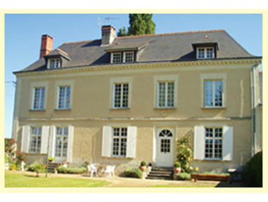 St Georges Chambres d'Hotes Restigne - Hotels & Hostels