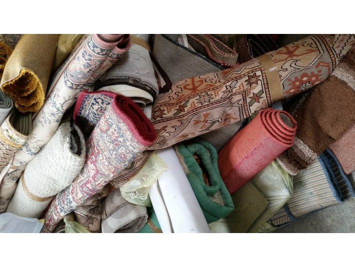 Mth Hand in Hand Textilhandel Nürtingen e.k - Импорт / Экспорт