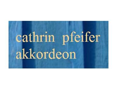 Cathrin Pfeifer - Music, Theatre, Dance