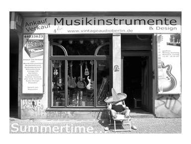 Musikinstrumente & Design - Second-Hand-Shops & Antiquitäten
