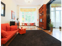 Crocodilian (4) - Serviced apartments