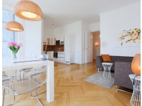 Crocodilian (7) - Serviced apartments