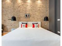 Homelike - Buchen Sie möblierte Apartments online (3) - Möblierte Apartments