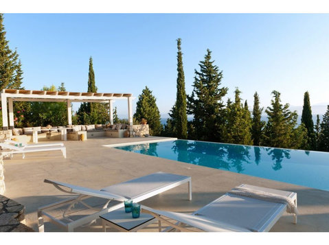 Paxos Luxury Villas - Holiday Rentals