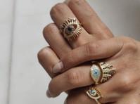 Amrutam Jewelry (1) - Jewellery