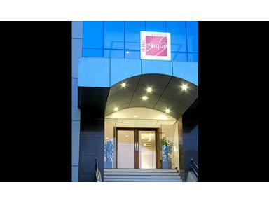 Hotel Studio Estique - Accommodation services