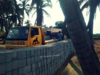 Sri Vinayagaa Blocks (8) - Construction Services