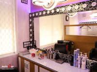 Make U Up Makeup Studio & Academy (8) - Beauty Treatments