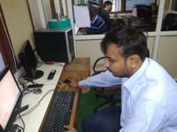 Shoutnhike Digital Marketing Company in Ahmedabad (4) - Marketing & PR