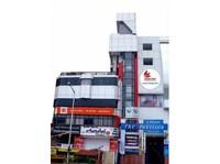 Hotel Komfort Terraces Bangalore (1) - Hotels & Hostels