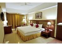 Hotel Komfort Terraces Bangalore (4) - Hotels & Hostels