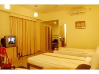 Hotel Komfort Terraces Bangalore (8) - Hotels & Hostels