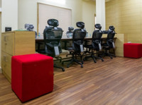 INSTASQUARES Business Centre (5) - Office Space