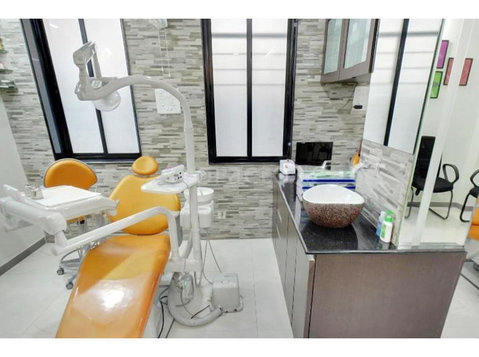 smilekraft nagpur, Dentist in Nagpur - Dentists