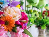Online Pune Florist (2) - Gifts & Flowers