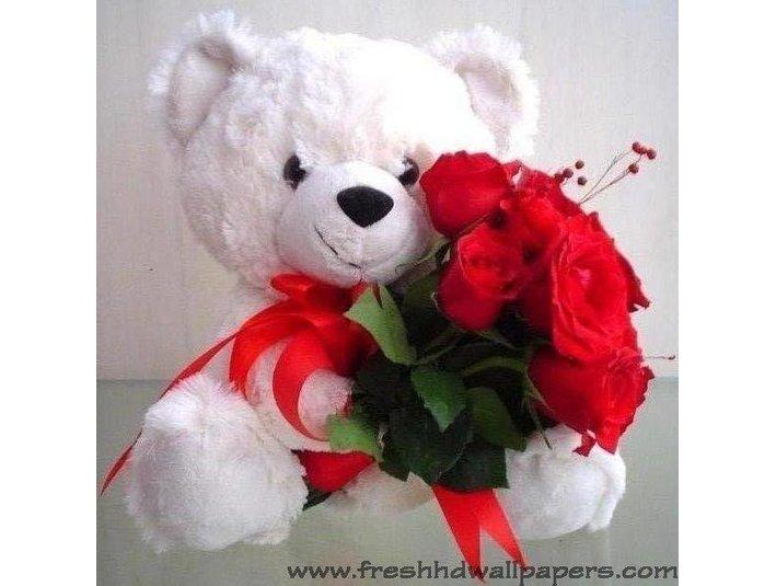 Avon Chandigarh Florist - Gifts & Flowers