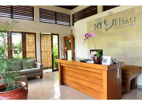 Nyuh Bali Villa - Hotels & Hostels