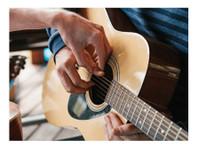 Guitar Lesson Dublin (1) - Music, Theatre, Dance