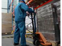 Central Shipping Ltd (2) - Removals & Transport
