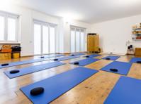 Centro Yoga Mandir (1) - Palestre, personal trainer e lezioni di fitness