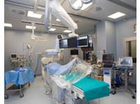 Clinica Mater Dei (5) - Hospitals & Clinics