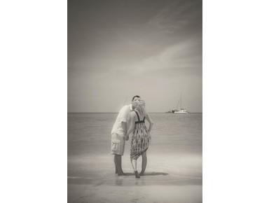 Valerie Carla Photography - Photographers