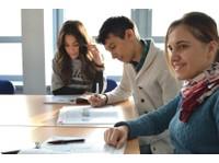 The Italian Academy (6) - Language schools