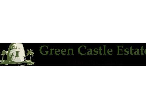 Green Castle Estate - Hotels & Hostels