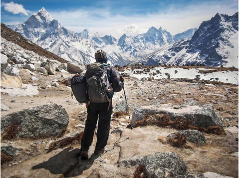 Hike to Everest Base Camp - Travel Agencies