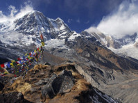 Nepal Trek Hub (1) - Travel Agencies