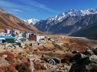 Nepal Trek Hub (2) - Travel Agencies
