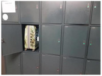 Lockerpoint Luggage Storage (1) - Storage