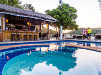 Edgewater Dive & Spa Resort Inc. (1) - Hotels & Hostels