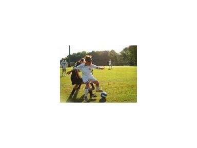 Academia Sara Lapas - Futebol Feminino - Peuterspeelzalen & Naschoolse activiteiten