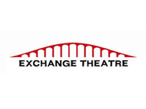 Drama classes in french - Exchange Theatre - Classes pour des adultes