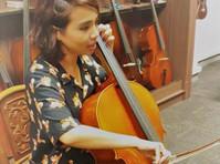 Stradivari Strings (4) - Music, Theatre, Dance