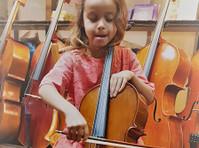 Stradivari Strings (5) - Music, Theatre, Dance