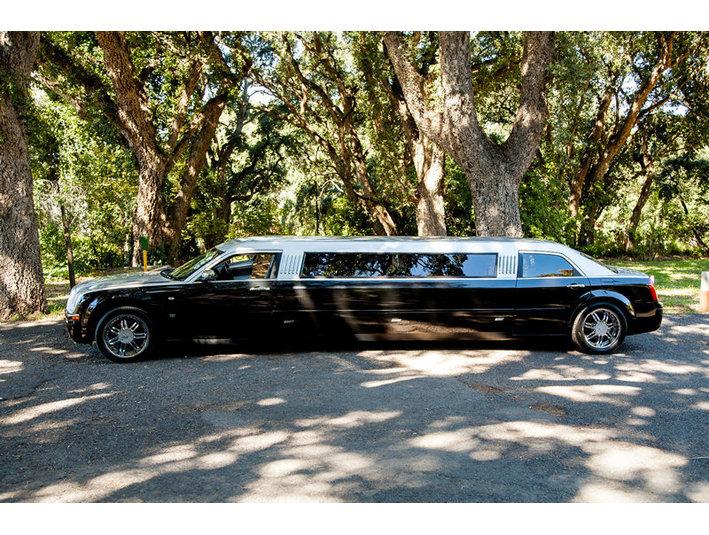 City Slickers Limousines - Car Rentals
