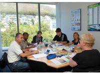 Ailola Cape Town English School (2) - Language schools
