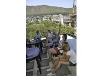Ailola Cape Town English School (5) - Language schools