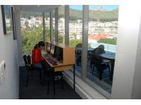 Ailola Cape Town English School (7) - Language schools